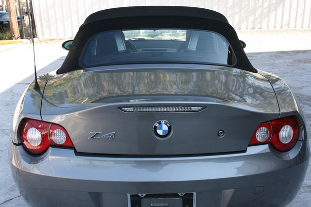 2005 BMW Z4 2.5i Houston, Texas 18