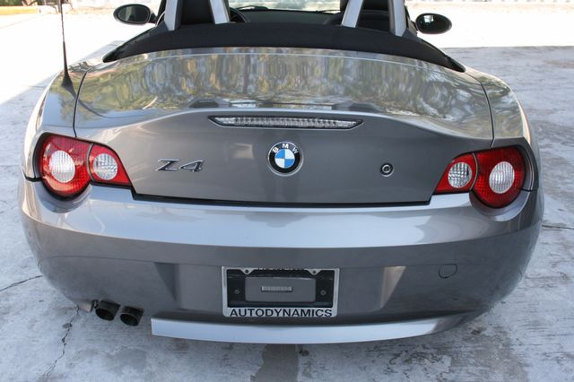 2005 BMW Z4 2.5i Houston, Texas 5