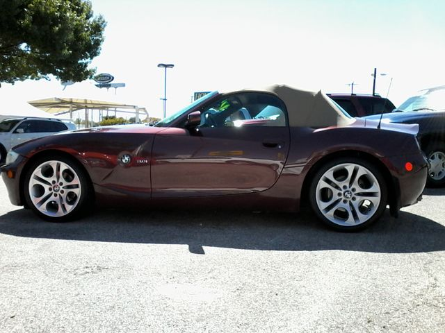 2005 BMW Z4 3.0i San Antonio, Texas 3