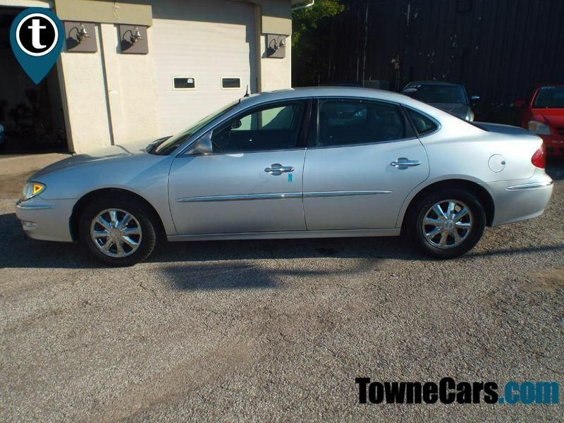 2005 Buick LaCrosse CXL | Medina, OH | Towne Auto Sales in Medina OH