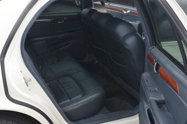 2005 Cadillac DeVille Professional 6 door 3 seat limo Collierville, Tennessee 10