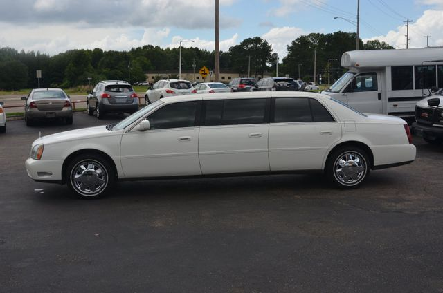 2005 Cadillac DeVille Professional 6 door 3 seat limo Collierville, Tennessee 1