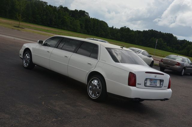2005 Cadillac DeVille Professional 6 door 3 seat limo Collierville, Tennessee 2
