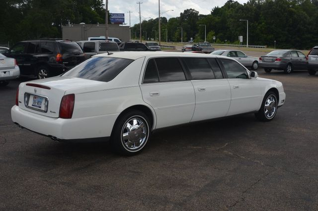 2005 Cadillac DeVille Professional 6 door 3 seat limo Collierville, Tennessee 3