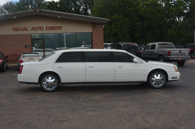 2005 Cadillac DeVille Professional 6 door 3 seat limo Collierville, Tennessee 4
