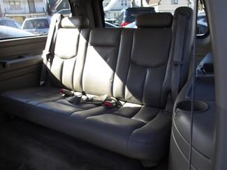 2005 Cadillac Escalade ESV Milwaukee, Wisconsin 12