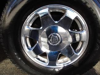2005 Cadillac Escalade ESV Milwaukee, Wisconsin 25