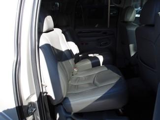 2005 Cadillac Escalade ESV Milwaukee, Wisconsin 19