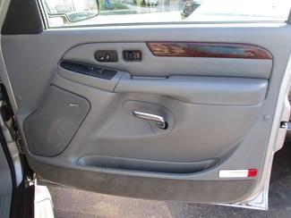 2005 Cadillac Escalade ESV Milwaukee, Wisconsin 23