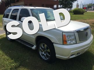 2005 Cadillac-Buy Here Pay Here!! Escalade-3RD ROW-LEATHER- Base-SHOWROOM CONDITION!! Knoxville, Tennessee