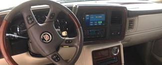 2005 Cadillac-Buy Here Pay Here!! Escalade-3RD ROW-LEATHER- Base-SHOWROOM CONDITION!! Knoxville, Tennessee 8