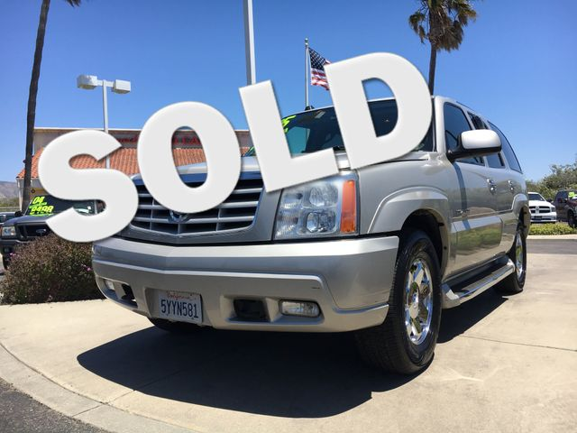 2005 Cadillac Escalade Relax knowing you have the power and towing capacity you need with this V8