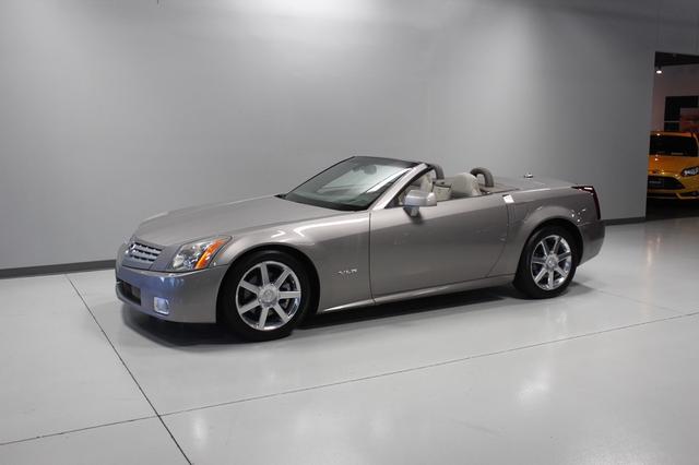 2005 Cadillac XLR Merrillville, Indiana 32