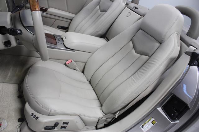 2005 Cadillac XLR Merrillville, Indiana 11