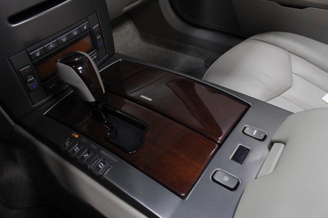 2005 Cadillac XLR Merrillville, Indiana 19