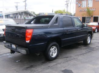 2005 Chevrolet Avalanche LS Los Angeles, CA 5
