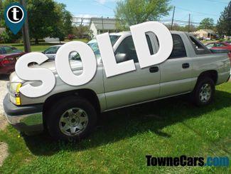 2005 Chevrolet Avalanche LS   Medina, OH   Towne Auto Sales in Medina OH