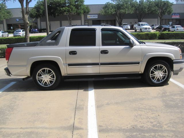 """2005 Chevrolet Avalanche LS, LOOK ONLY 97k miles,  20"""" wheels,Immaculate WOW Plano, Texas 6"""