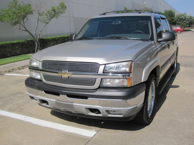 """2005 Chevrolet Avalanche LS, LOOK ONLY 97k miles,  20"""" wheels,Immaculate WOW Plano, Texas 3"""