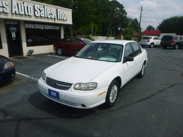 2005 Chevrolet Classic 4 DR Richmond, Virginia 1