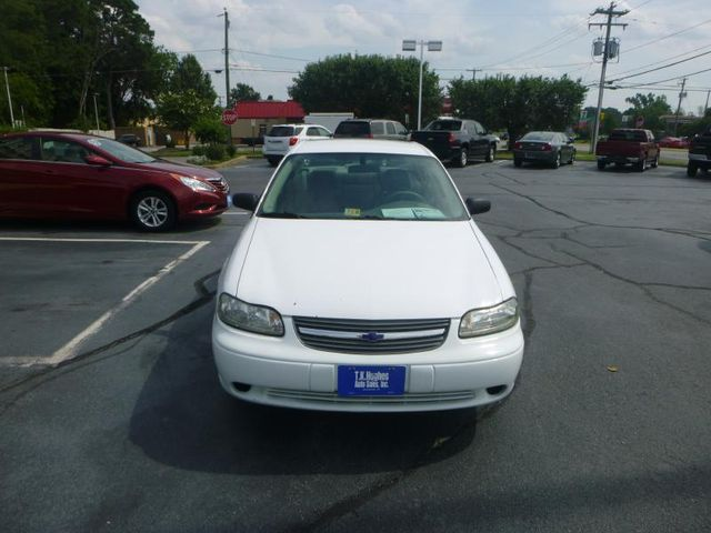 2005 Chevrolet Classic 4 DR Richmond, Virginia 2