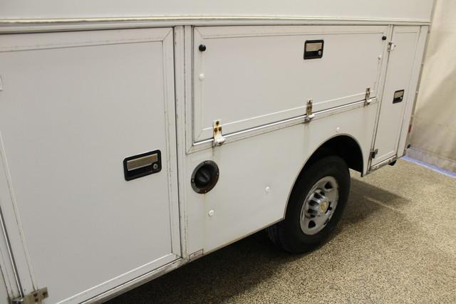2005 Chevrolet Express Commercial Cutaway cutaway van Roscoe, Illinois 7