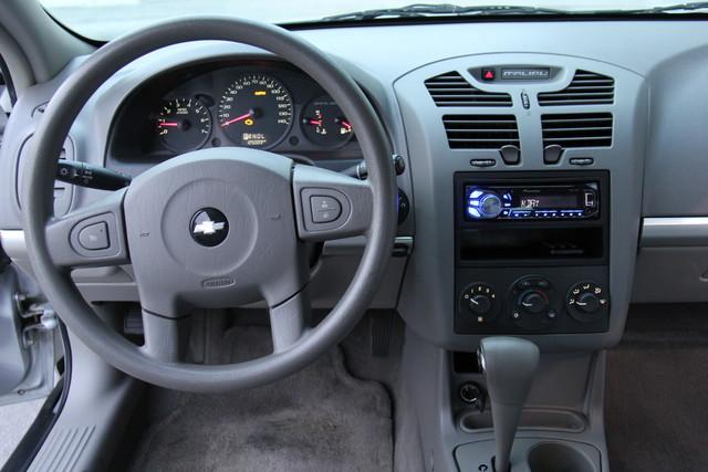 2005 Chevrolet Malibu Base Studio City, California 19