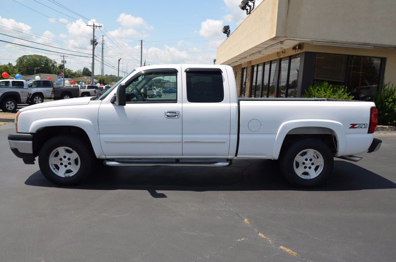 2005 Chevrolet Silverado 1500 LT  in Maryville, TN