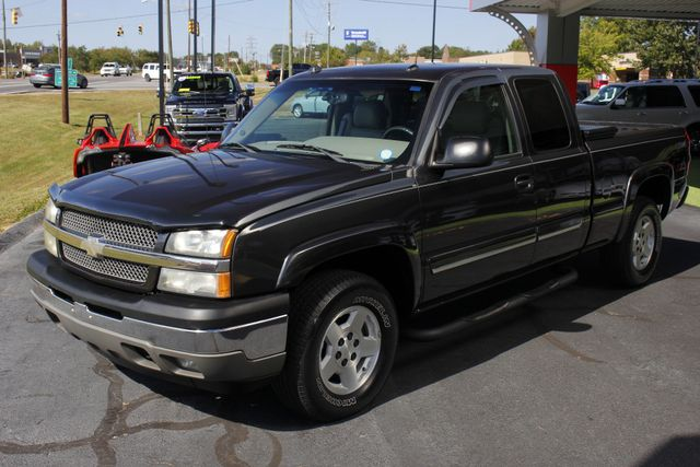2005 Chevrolet Silverado 1500 Z71 EXT CAB 4X4 - LEATHER BUCKETS - MICHELINS! Mooresville , NC 21