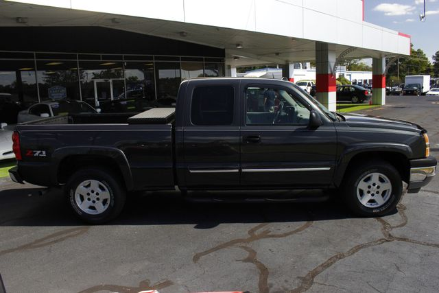 2005 Chevrolet Silverado 1500 Z71 EXT CAB 4X4 - LEATHER BUCKETS - MICHELINS! Mooresville , NC 12