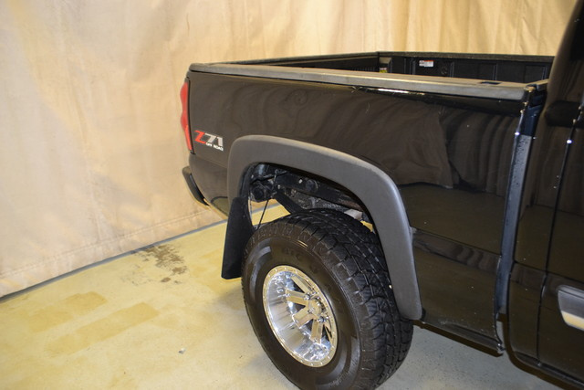 2005 Chevrolet Silverado 1500 Z71 Roscoe, Illinois 7