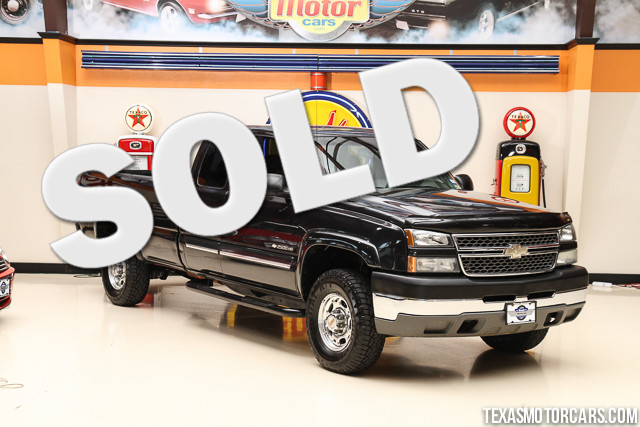 2005 Chevrolet Silverado 2500HD LS This Clean Carfax 2005 Chevrolet Silverado 2500HD LS is in grea