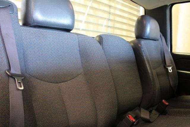 2005 Chevrolet Silverado 2500HD Work Truck Roscoe, Illinois 23