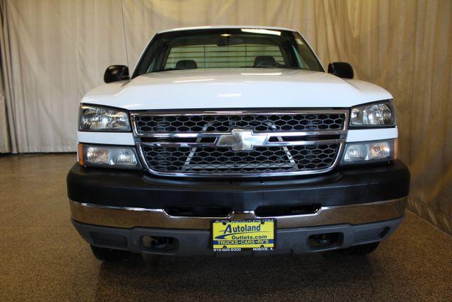 2005 Chevrolet Silverado 2500HD Work Truck Roscoe, Illinois 3