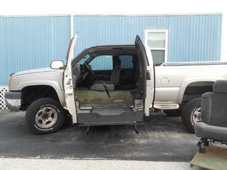 2005 Chevrolet Silverado Handicap Pickup Truck Pinellas Park, Florida 3