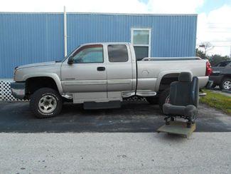 2005 Chevrolet Silverado Handicap Pickup Truck Pinellas Park, Florida 1