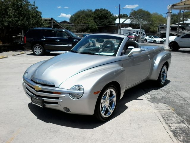 2005 Chevrolet SSR LS 1of 1,058 W/VXK PACKAGE San Antonio, Texas 1