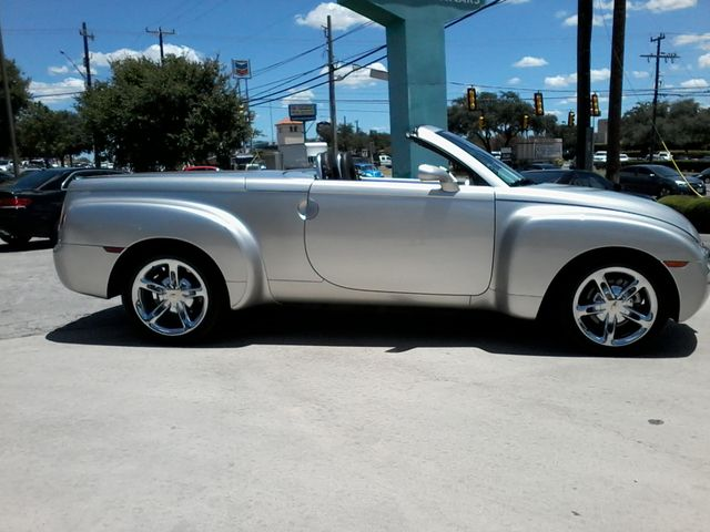 2005 Chevrolet SSR LS 1of 1,058 W/VXK PACKAGE San Antonio, Texas 4
