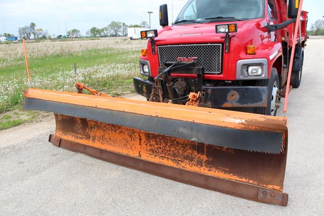 2005 Chevrolet Topkick Snow plow truck/dump Roscoe, Illinois 2