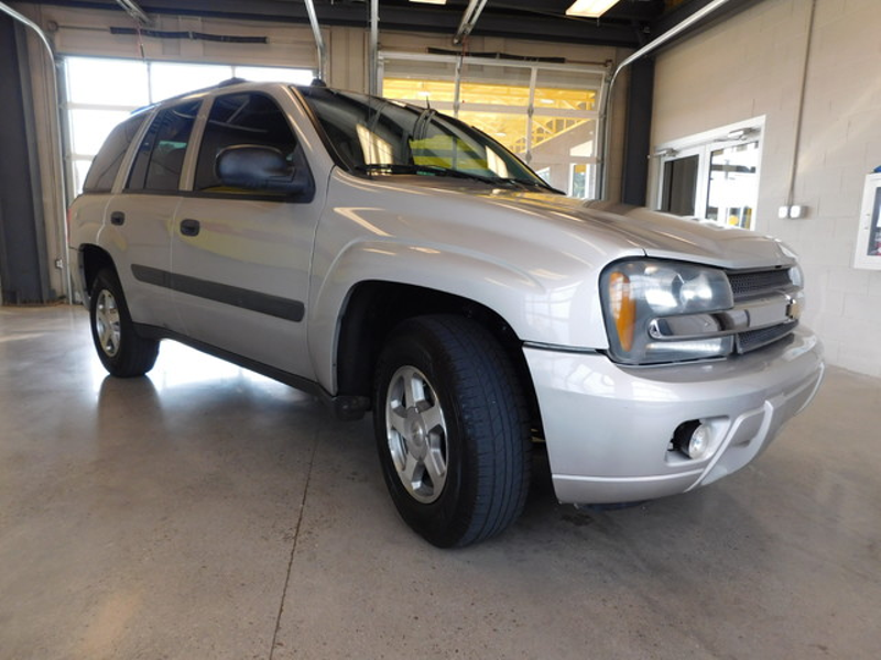 2005 Chevrolet TrailBlazer LS  city TN  Doug Justus Auto Center Inc  in Airport Motor Mile ( Metro Knoxville ), TN