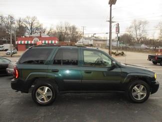 2005 Chevrolet TrailBlazer LS Saint Ann, MO 7