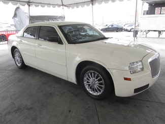2005 Chrysler 300 Gardena, California 3