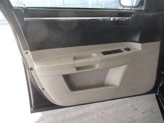 2005 Chrysler 300 Touring Gardena, California 9