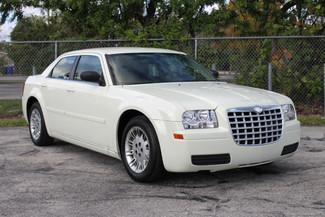 2005 Chrysler 300 Hollywood, Florida 1