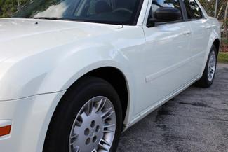 2005 Chrysler 300 Hollywood, Florida 11
