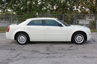 2005 Chrysler 300 Hollywood, Florida 3