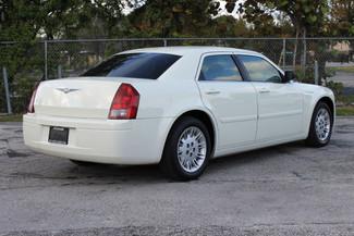 2005 Chrysler 300 Hollywood, Florida 4