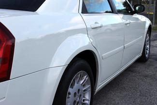 2005 Chrysler 300 Hollywood, Florida 5