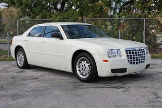 2005 Chrysler 300 Hollywood, Florida 24