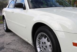 2005 Chrysler 300 Hollywood, Florida 2
